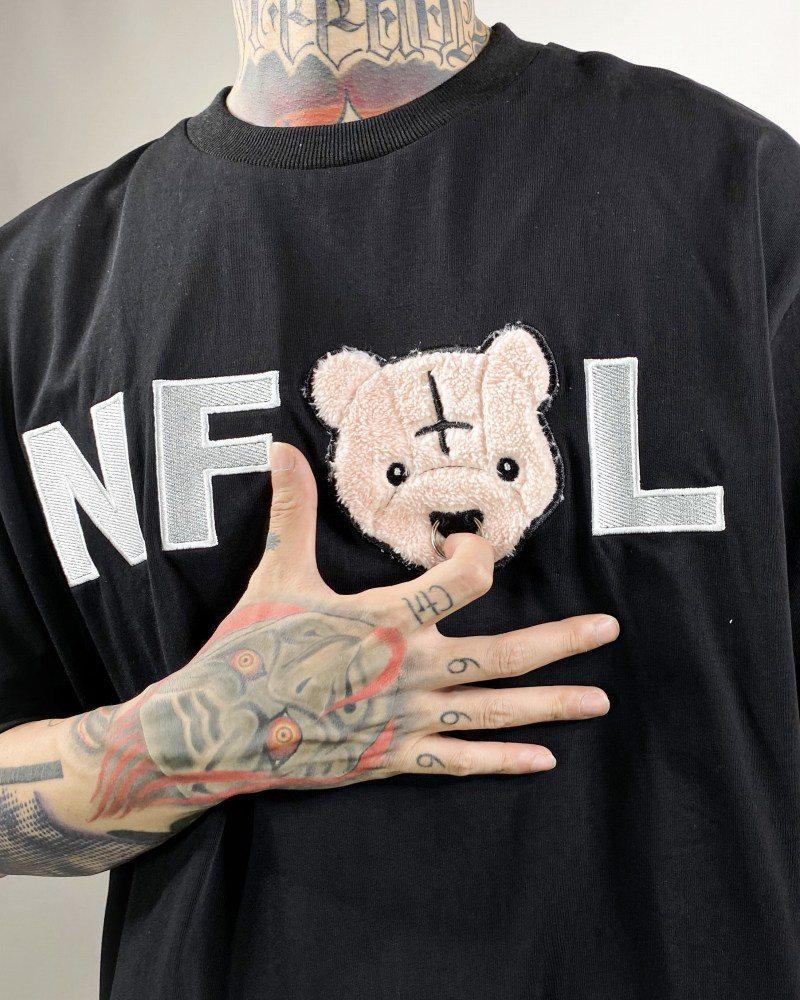 鼻ピアスクマTシャツの画像5